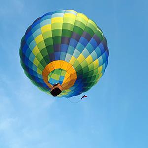 luchtballon boven Tiel