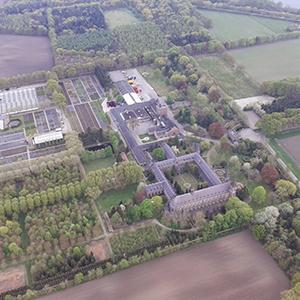 ballonvaart vanuit Tilburg over de Abdij Onze Lieve Vrouw van Koningshoeven