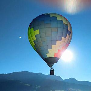 luchtballon boven Dordrecht