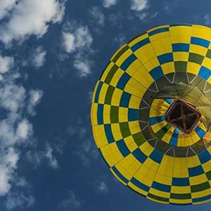 luchtballon boven Oldenzaal