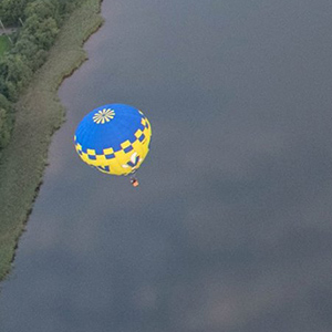 luchtballon boven Zoetermeer